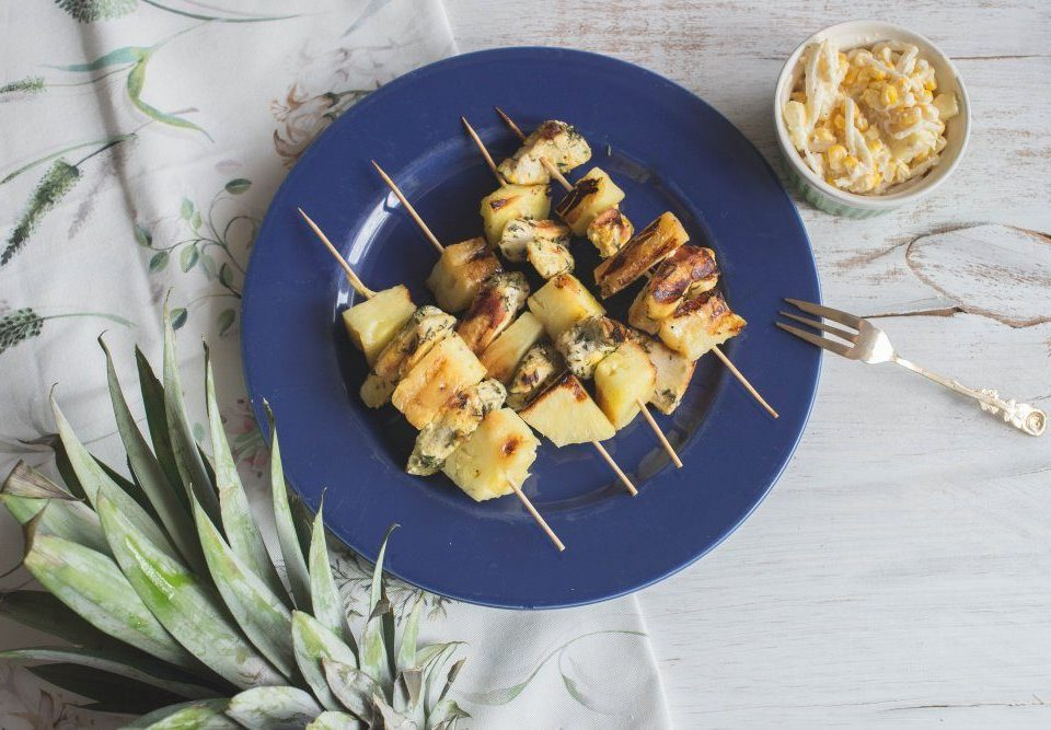 Nietypowe szaszłyki z kurczakiem i ananasem 1