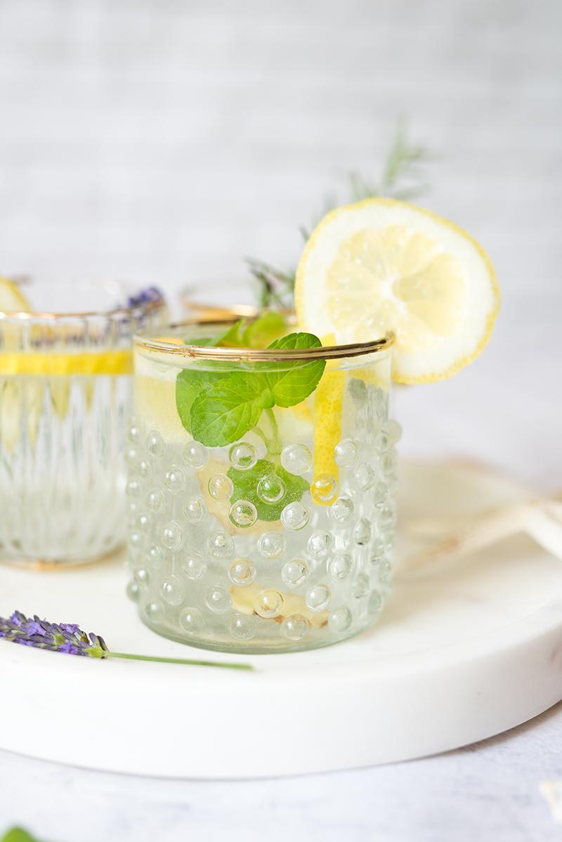 Lemoniada z miętą iimbirem