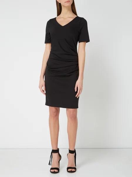 Te sukienki musisz mieć w swojej szafie – ponadczasowe wzory i kroje!