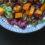 Sałatka z pieczonych batatów, komosą ryżową i żurawiną