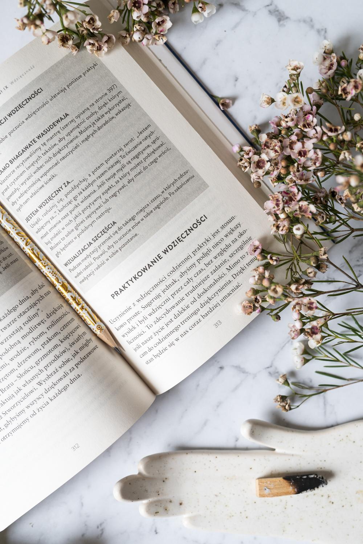 Zacznij myśleć jak Mnich. Książka, która przewartościuje Twoje życie.